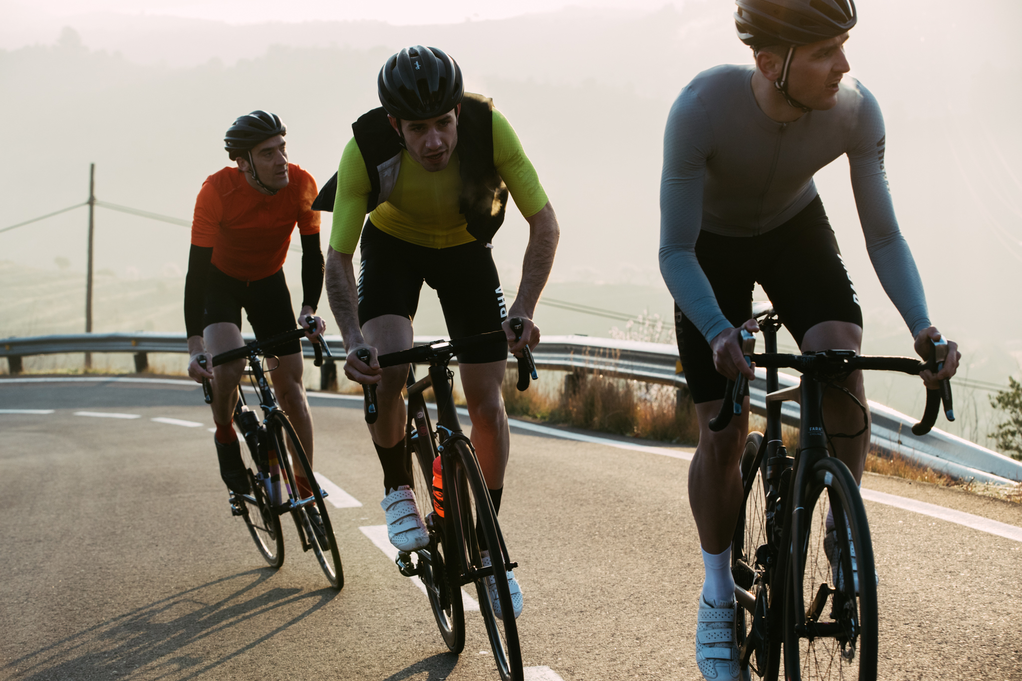 cycle clothing market Synopsis in this report, the global cycling clothing market is valued at usd xx million in 2017 and is expected to reach usd xx million by the end of 2025, growing at a cagr of xx% between 2017 and 2025.