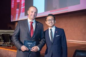 Alessandro Canese, Managing Director of Tuvia Italia, and Rio Lam, Assistant Manager – Global Management Office receive the Capital Elite Award at the National Museum of Science and Technology in Milan.